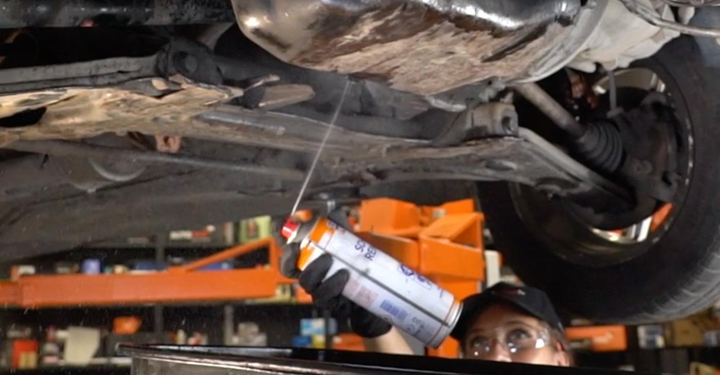Zweckdienliche Tipps zum Austausch von Ölfilter beim VW GOLF III (1H1) 1.8 1997